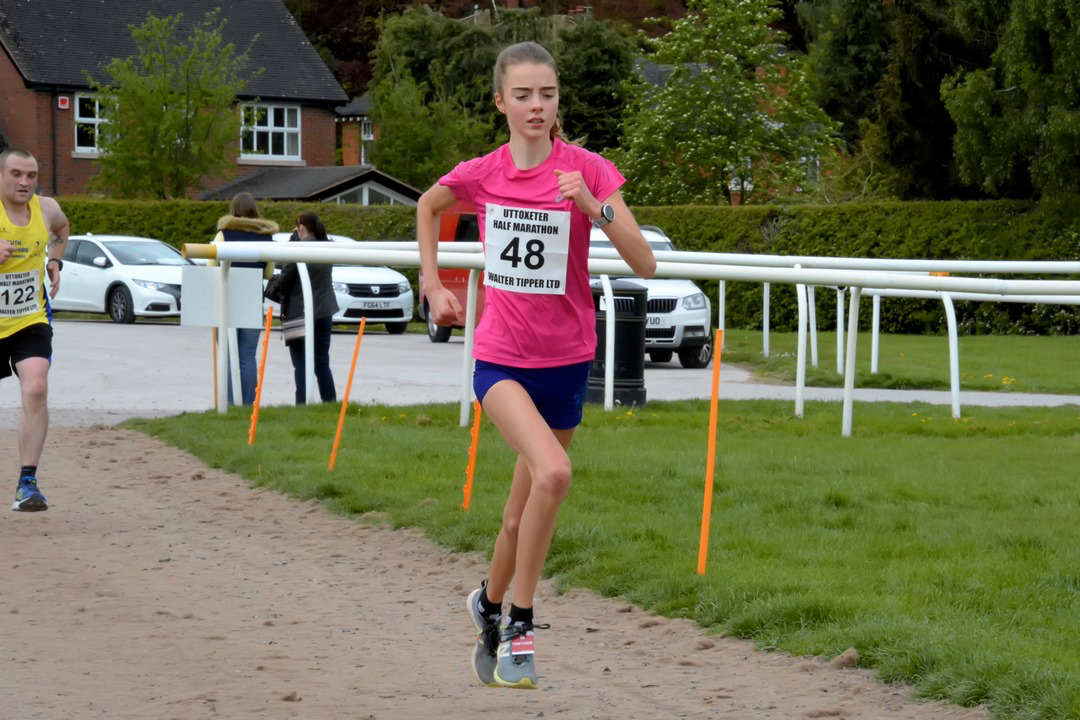 Victory for Lauren at Uttoxeter Half Marathon – 5th May 2019